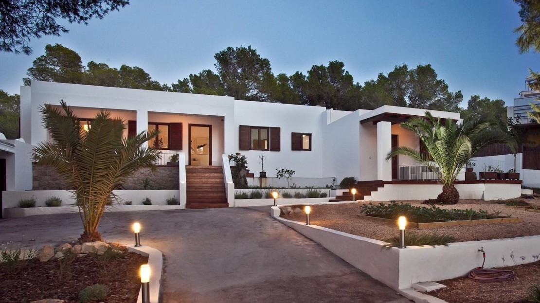 Luxury-villa-Collection