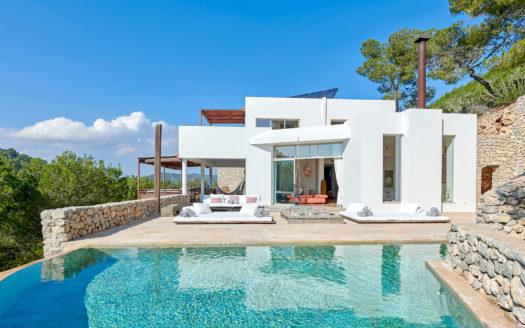 Luxury villa, 6 bedroom to rent in Roca LLisa, Ibiza