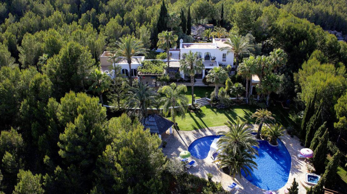Family-friendly 6 bedroom luxury villa rental, Ibiza