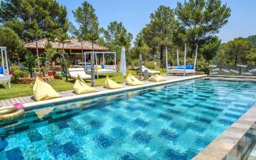 Amazing holiday villa in Ibiza, stunning seaviews, 5mins away from the beach
