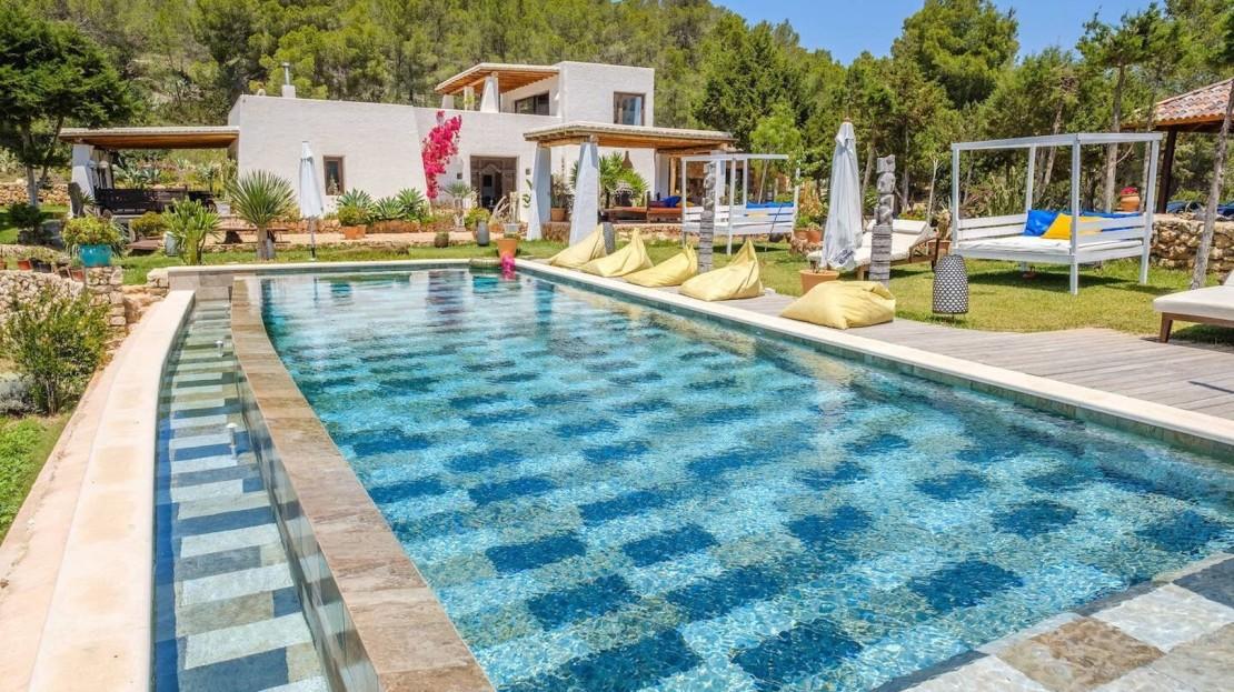Finca payesa en alquiler turistico en Ibiza