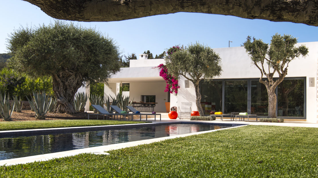 4 bedroom luxury villa to rent in Ibiza, Spain