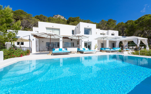 Luxury villa to rent in Ibiza