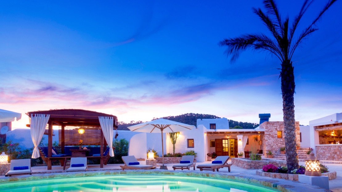 Renovated farmhouse to rent in Ibiza