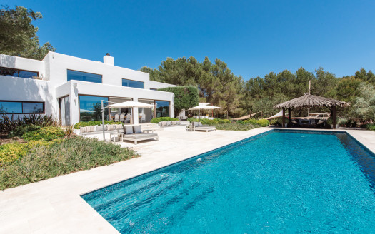 Ibiza Luxury villa lifestyle