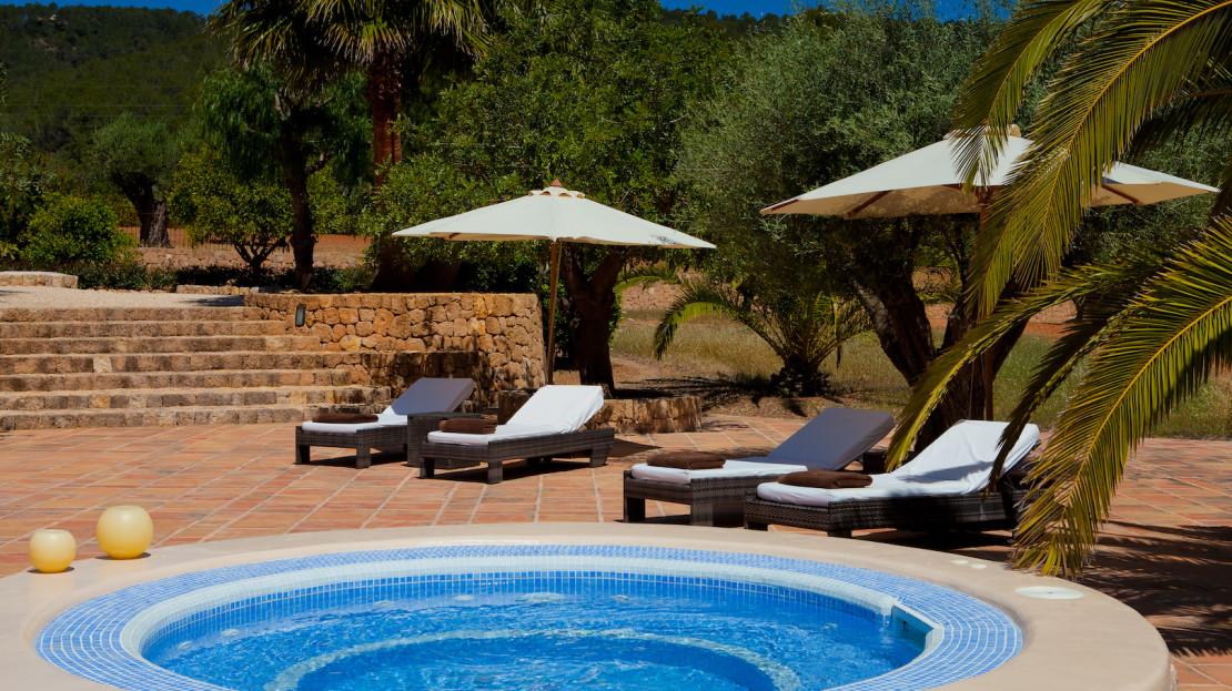 Large finca to rent in Ibiza, close to Santa Eulalia and San Lorenzo, Spain