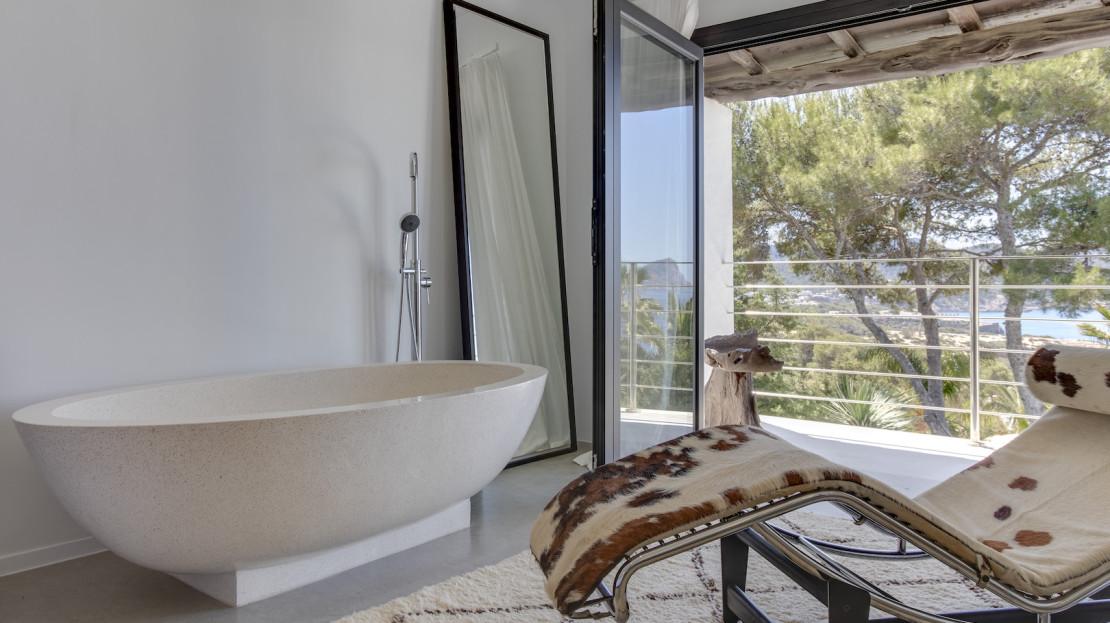 Villa Can Sarmiento, only 5mins walk to the beach, Ibiza, Balearic island, Spain