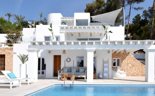 Modern villa child-friendly for holiday letting
