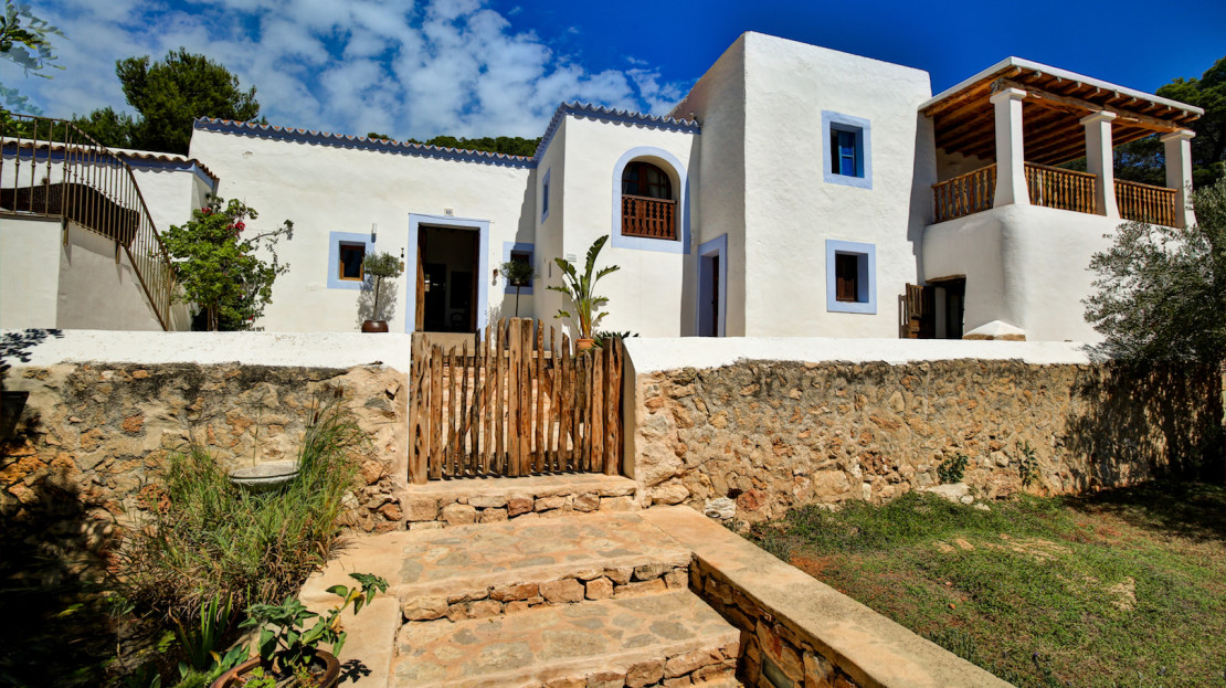 Authentic ibicencan finca for ent in the balearic island of Ibiza, Spain