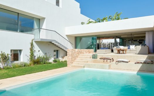 New concept in Ibiza. Exclusive private residence close to the beach of Cala Conta.