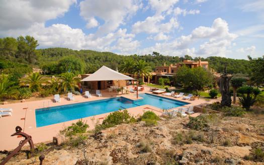 Countryside villa with extra large pool, San Rafael, Ibiza