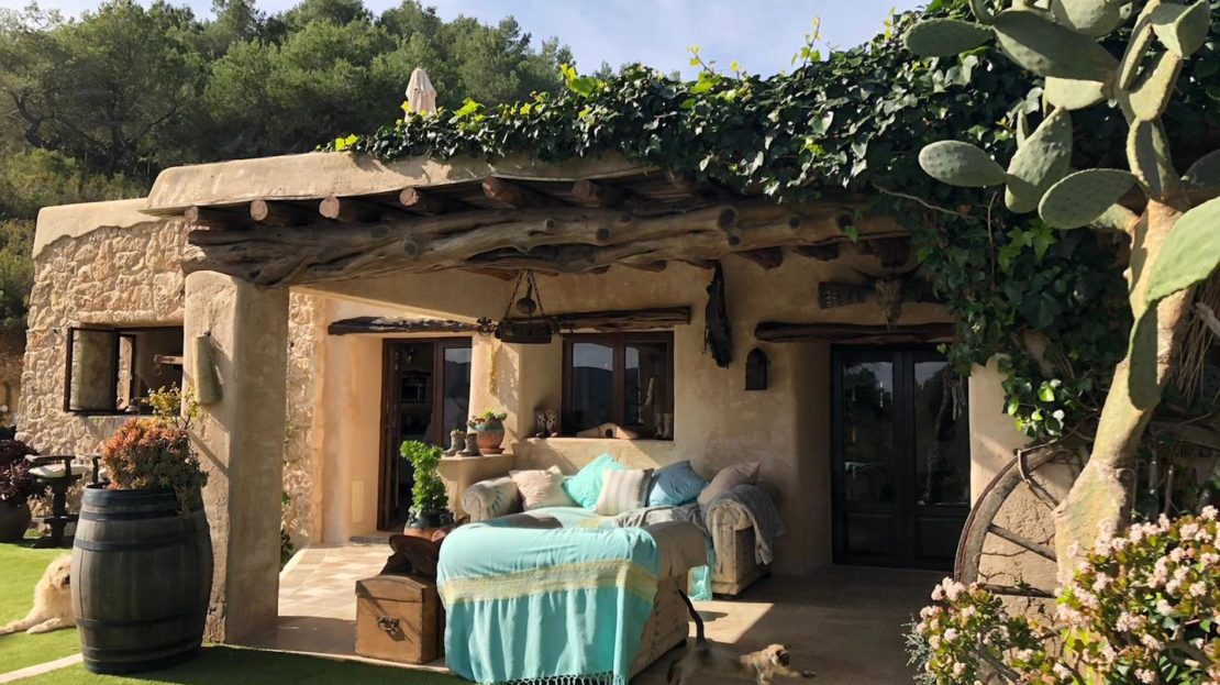 Property for sale, in the countryside with a private pool and annex,, Ibiza Island