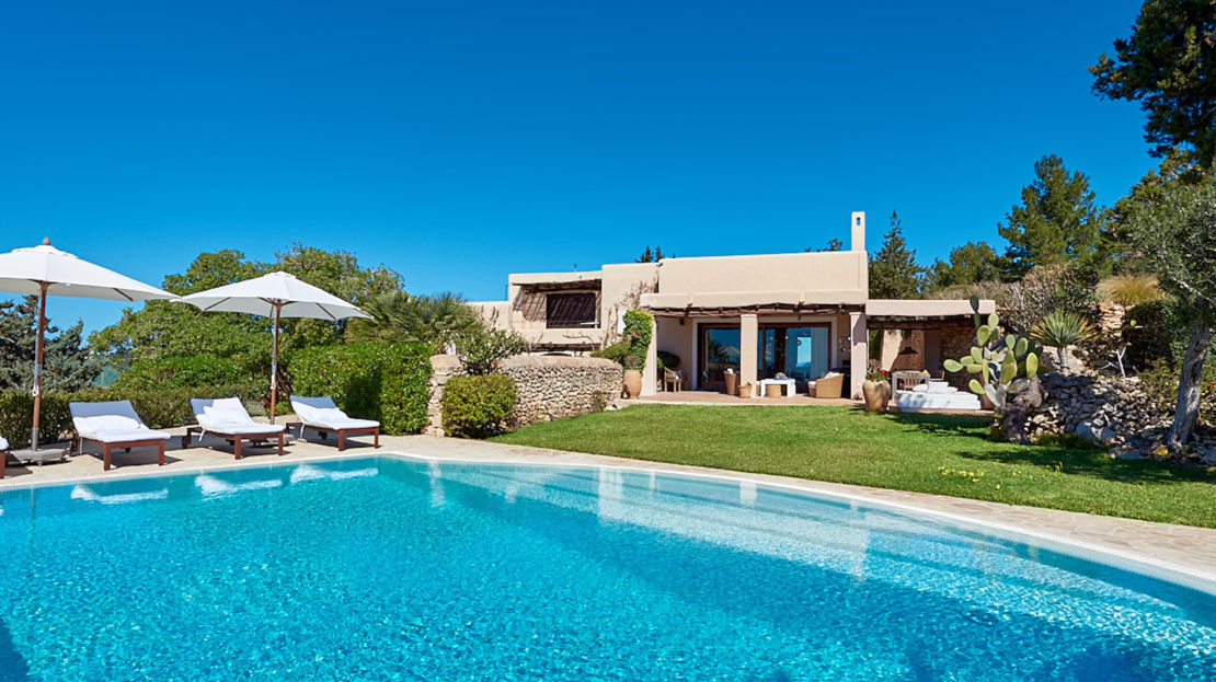 Cottage to rent for family-friendly group to enjoy an amazing holidays in the island of Ibiza